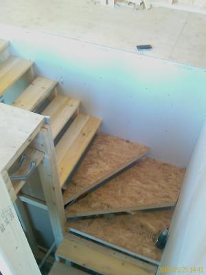 escalier a marche d 39 angle keven. Black Bedroom Furniture Sets. Home Design Ideas