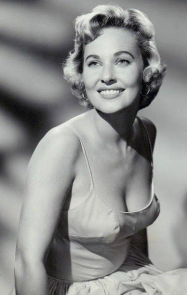 Lois Albright Net Worth
